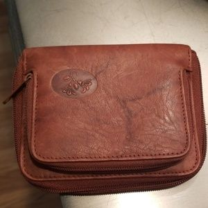 Brown leather Buxton wallet. NWOT